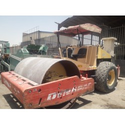 Roller Compactor, Type 220 , Dynapac roller, in good condition, Model 2008, available in Riyadh, for sell